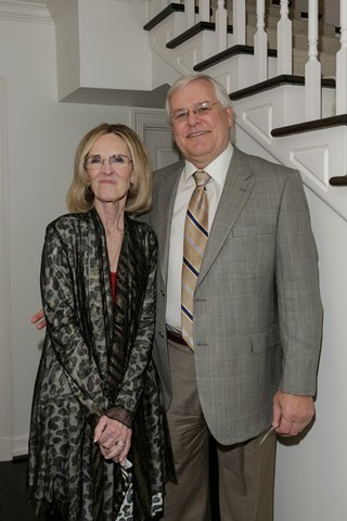 Jenny and Jeff Staubach Open Home for LifeSavors Event to