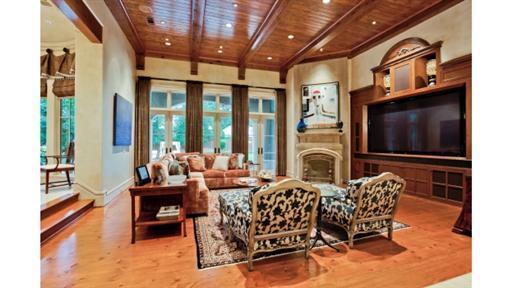 Park Lane Living Room 2.jpg
