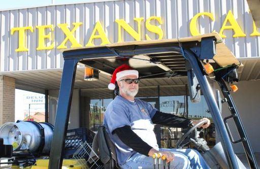 Santa Tow Truck for Cars.JPG